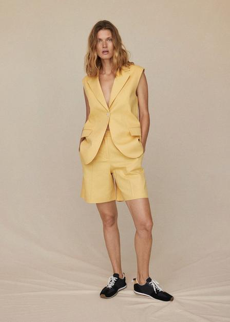 Mango - Yellow Linen-Blend Bermuda Plated Shorts, Women