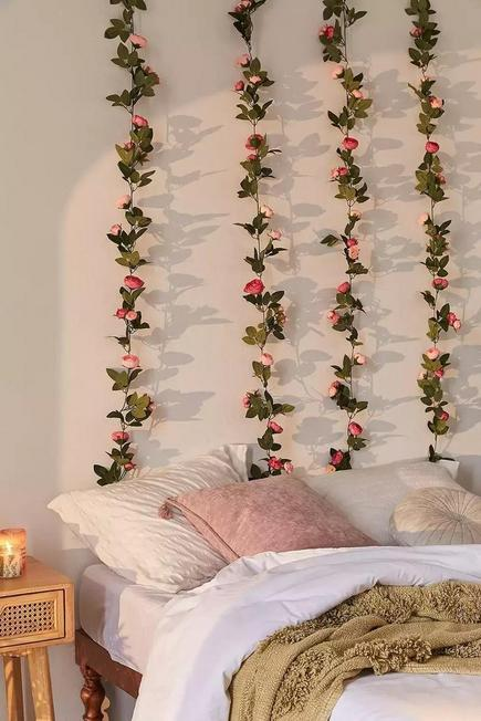 Urban Outfitters - Assorted Decorative Pink Rose Vine Garland