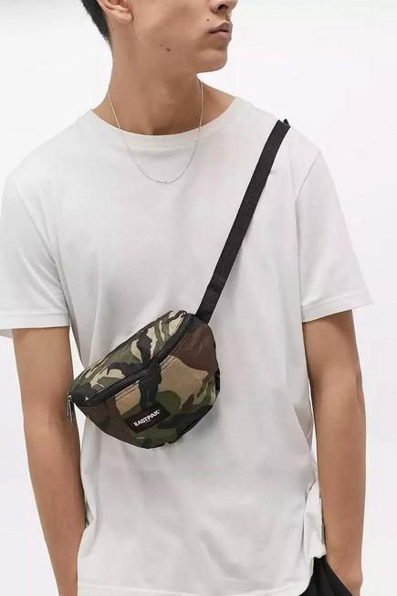 Urban Outfitters - Moss Eastpak springer Instant Camo Bum Bag, Men