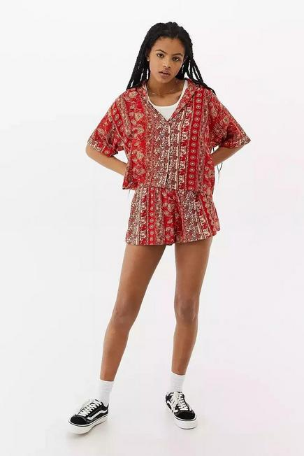 Urban Outfitters - Red UO Soft Crinkle Beach Shorts, Women