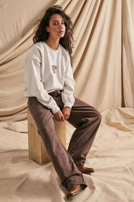 Urban Outfitters - Creme UO Colorado Springs Berry Crew Neck Sweatshirt, Women