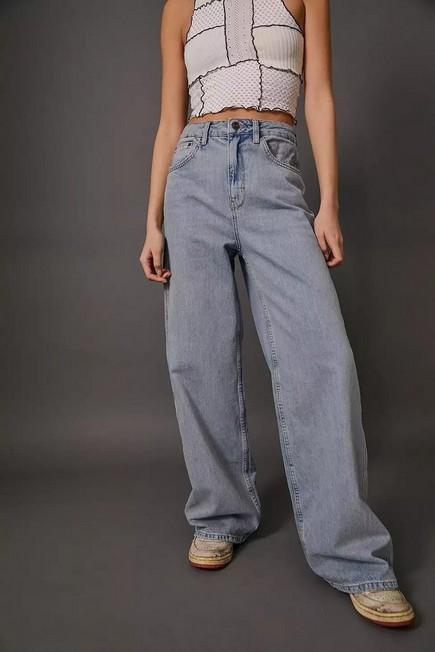 Urban Outfitters - Denim BDG Light Vintage Wash Wide-Leg Puddle Jeans, Women