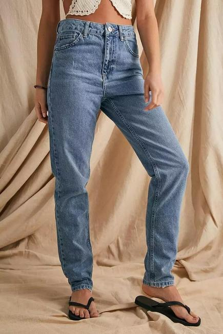 Urban Outfitters - Denim BDG Blue Vintage Wash Recycled High-Waist Mom Jeans, Women