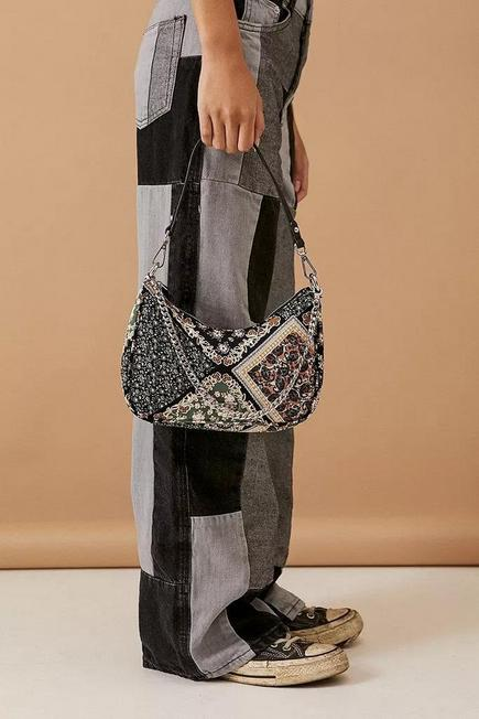Urban Outfitters - Green UO Satin And Chain Shoulder Bag, Women