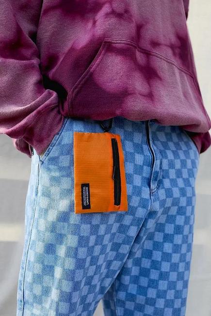 Urban Outfitters - Orange UO Mesh Clip Pouch, Men