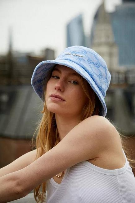 Urban Outfitters - Blue Juicy Couture Monogram Towelling Bucket Hat, Women