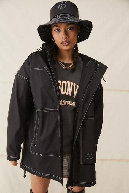 Urban Outfitters - Black UO Oversized Hooded Raincoat, Women