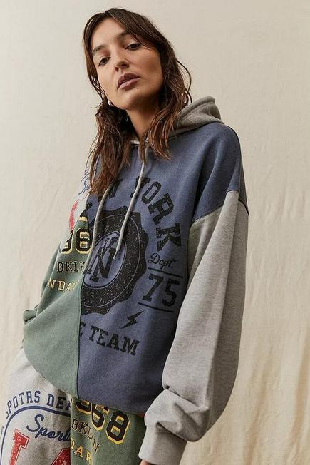 Urban Outfitters - Creme UO Collegiate Patch Hoodie, Women