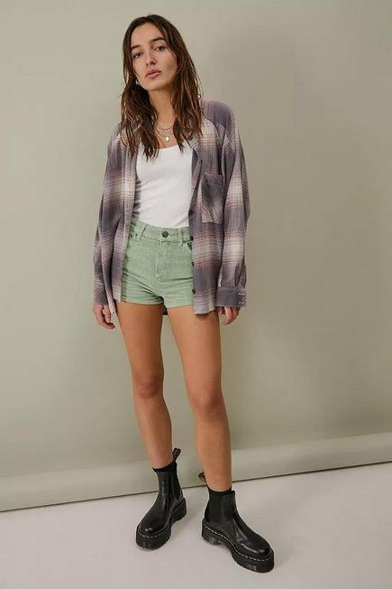 Urban Outfitters - Green BDG Tampa Corduroy Hot Pants, Women
