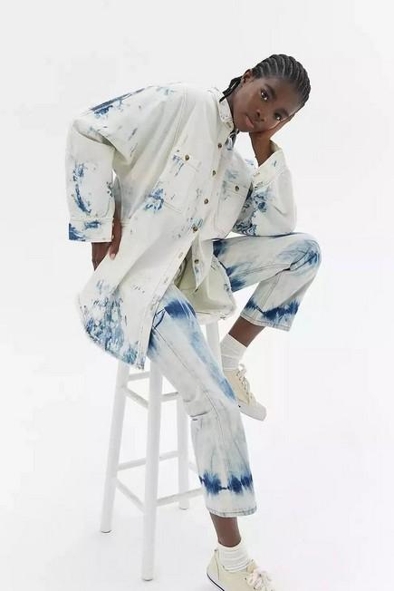 Urban Outfitters - Blue BDG Brogan Acid Wash Denim Shirt, Women