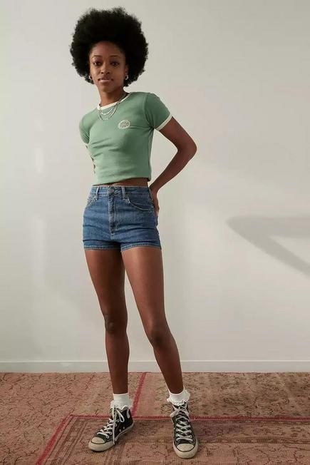 Urban Outfitters - Denim BDG Tampa Mid-Wash Hot Pants, Women