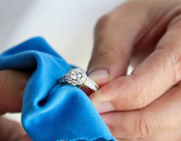 Sparkle and Shine: How to Clean Diamonds