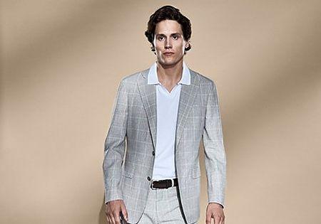 3 Ways to Wear a Polo