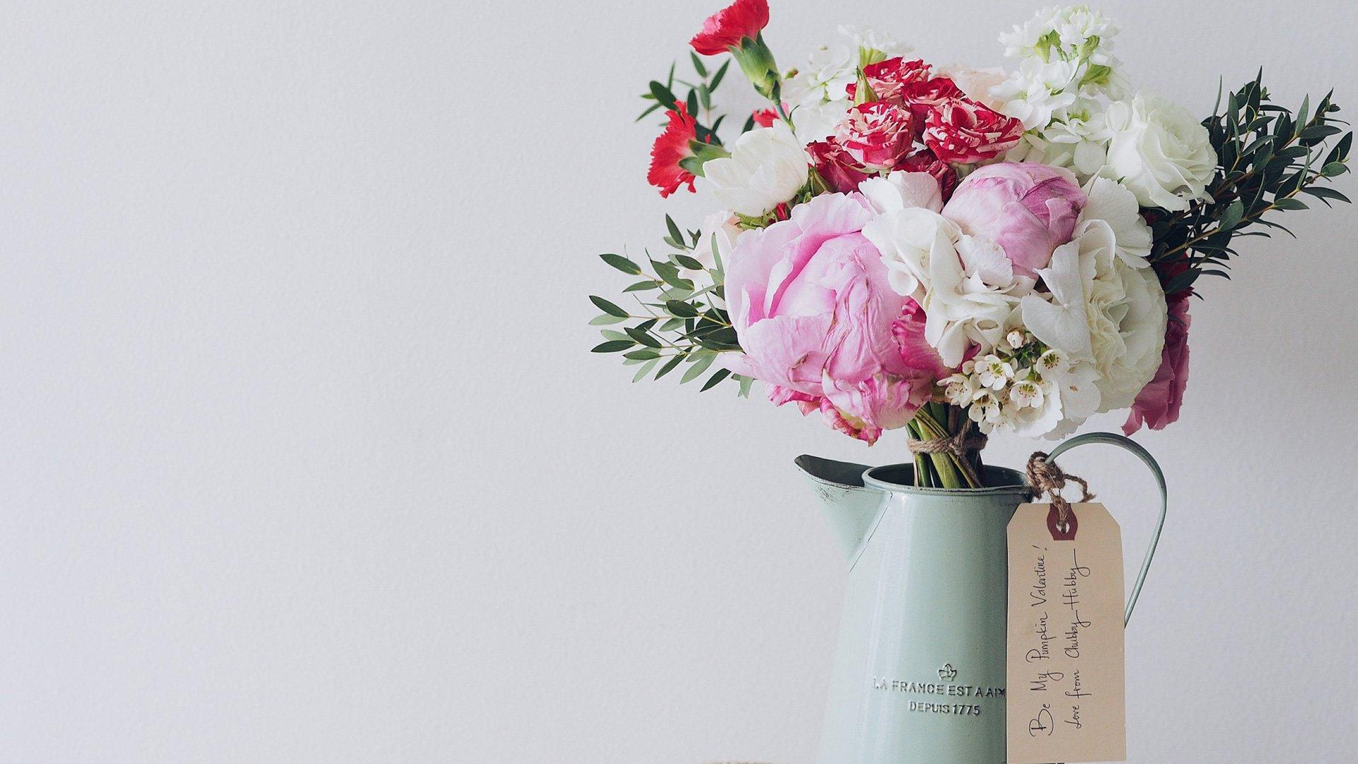 How to Create Your Own Hand Tied Bouquet