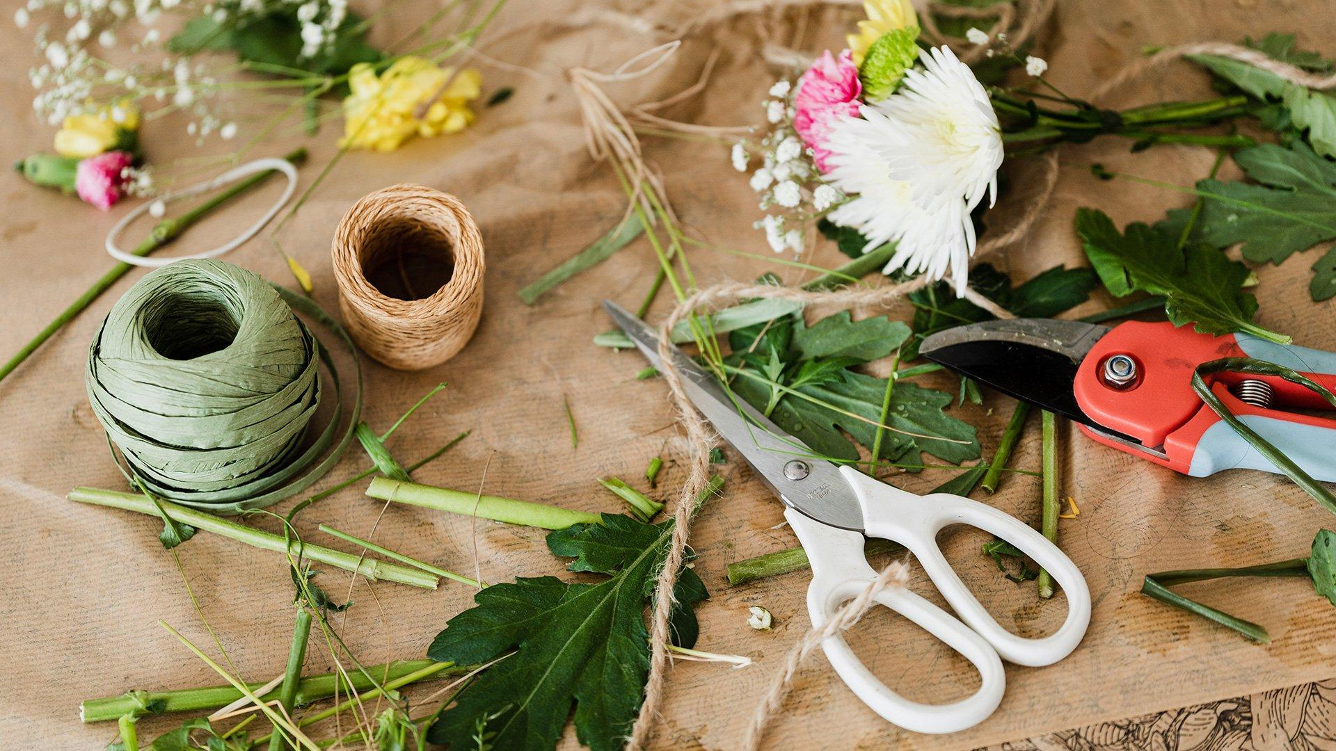 Various Floristry Tools to Use