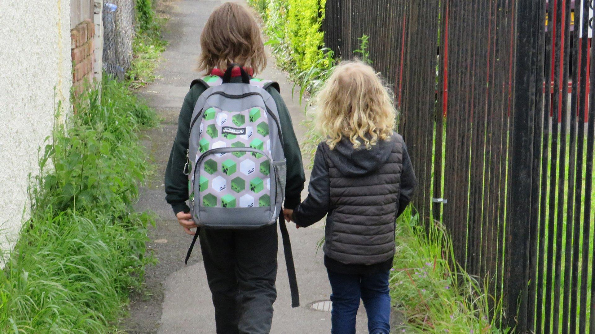 Walk to School_1