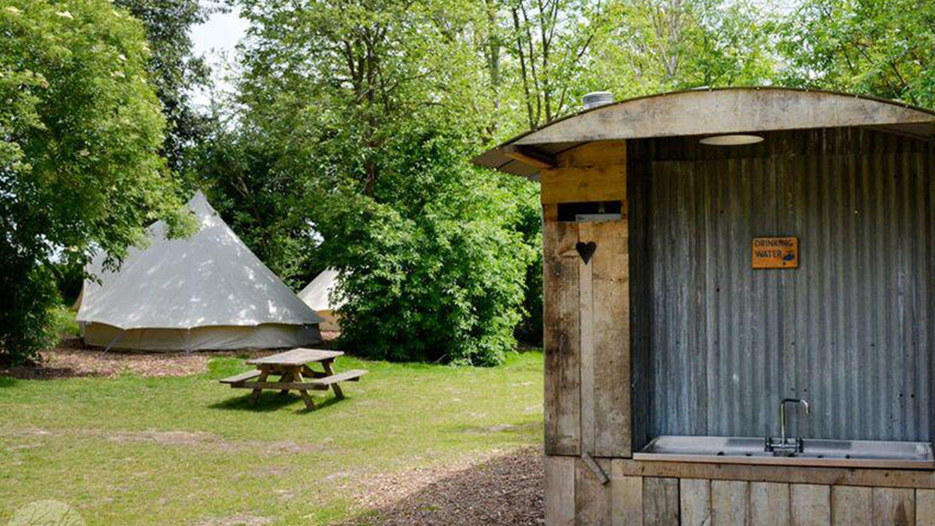an image of the facilities at Bodiam Campsite