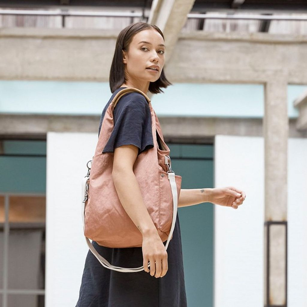 Why Kipling tote bags are ideal for work  | Kipling