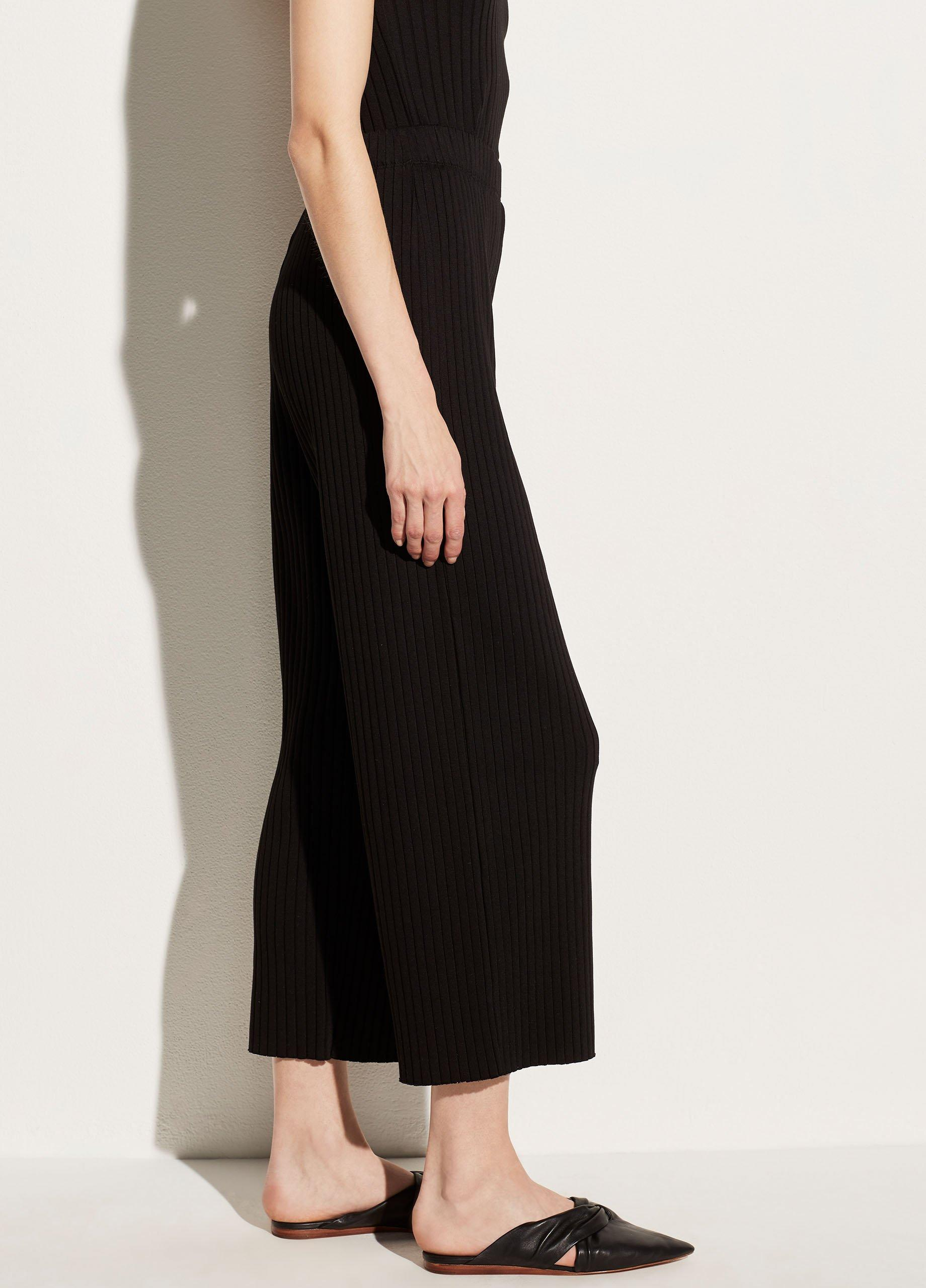 Ribbed Cropped Pant