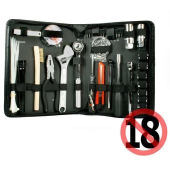 300186: Halfords Motorists Tool Kit